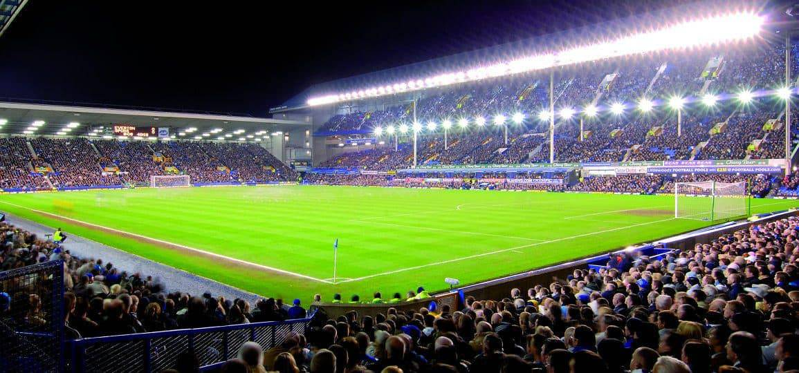 Goodison Park, Evening Floodlights