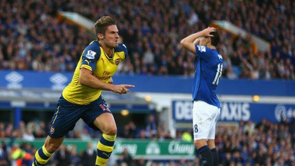 Giroud celebrates his 90th minute equaliser at Goodison Park