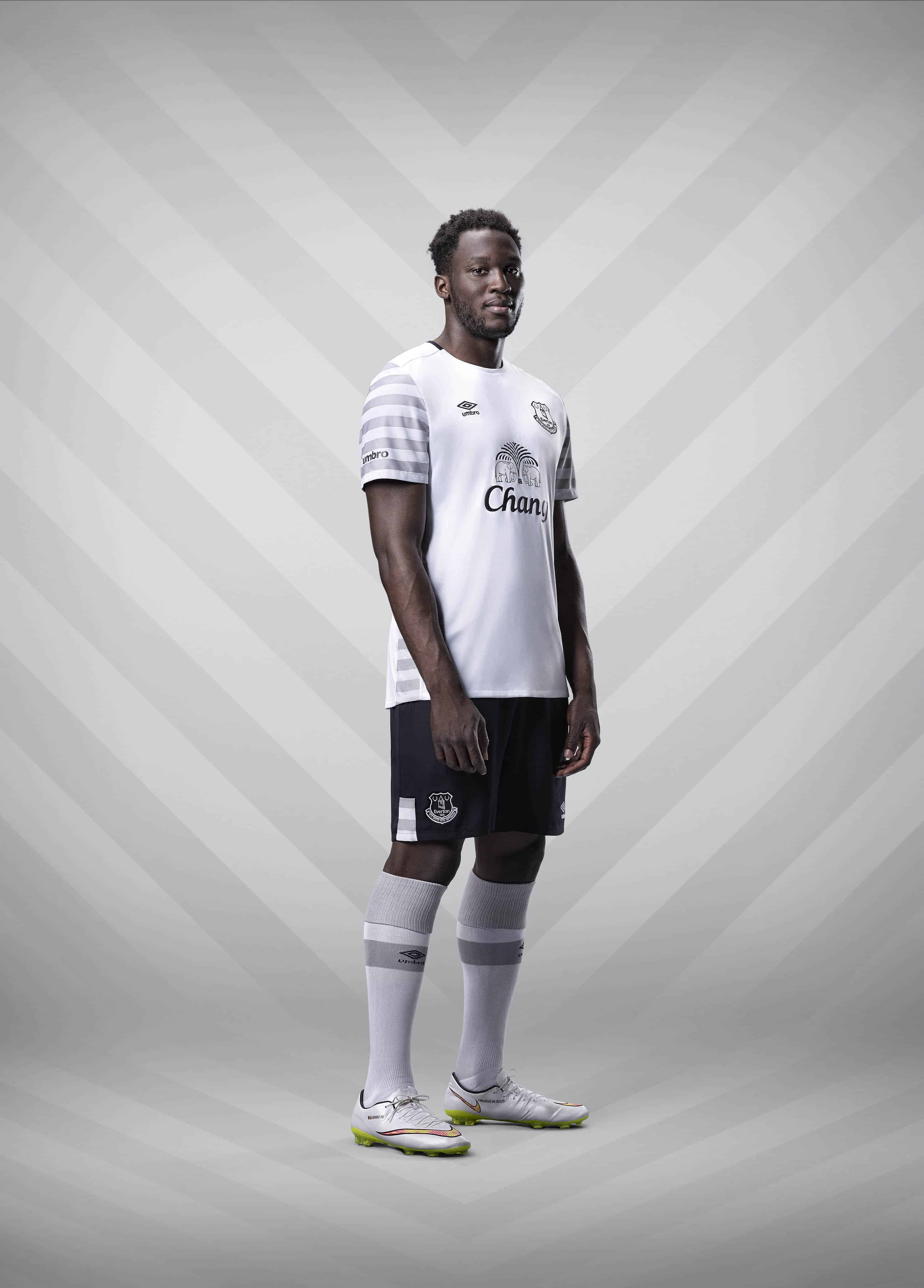 Umbro_Everton_Away_Lukaku